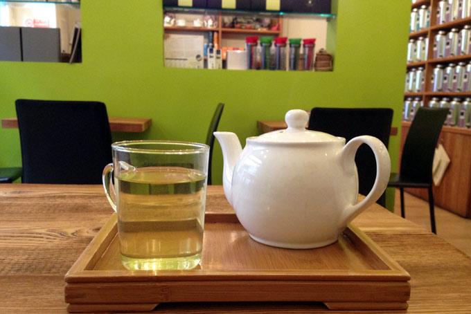 Chà Tea Atelier Drinking Tea A Place in Milan