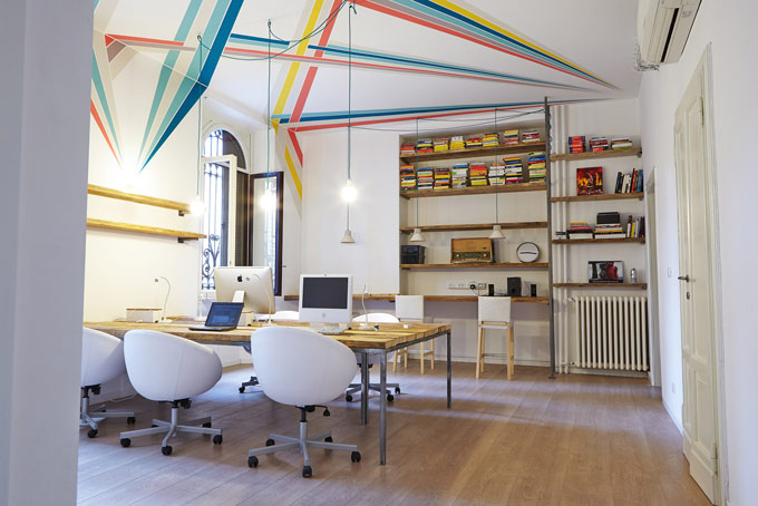 5 cose da fare a milano per 39 nerd 39 conosco un posto for Bar coworking milano