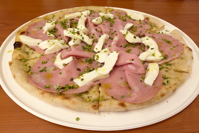 Thursday Pizza_Milan_A Place in Milan