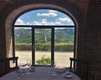 Un pranzo stellato con vista sulle Langhe alla Locanda del Pilone