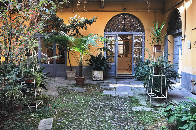 Sant'Ambrogio Milano Caminadella Dolci