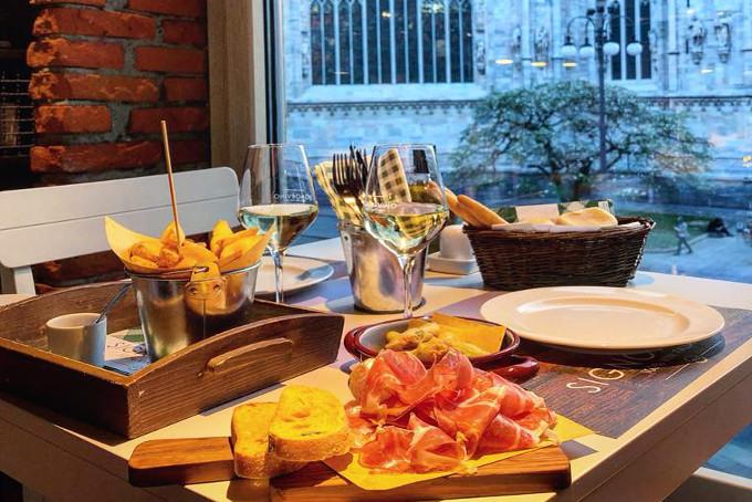 Signorvino aperitivo gourmet Duomo Milano
