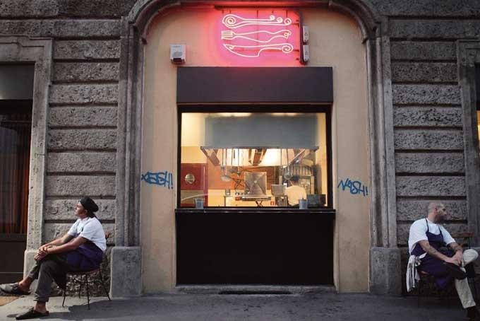 Ristorante Al Mercato Burger Bar Milano_Esterno