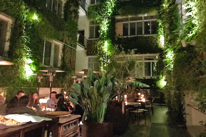 Atmosfera magica e cucina messicana da canteen in 22 marzo for L esterno del ristorante sinonimo