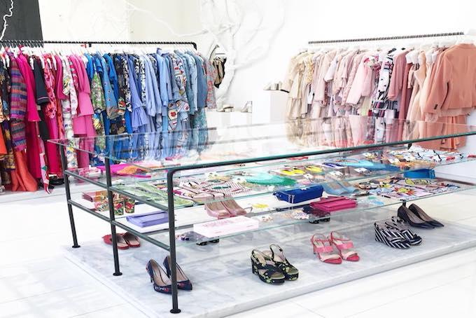 454ae2dbf630bb 10 bellissimi negozi di abbigliamento per lo shopping a Milano ...