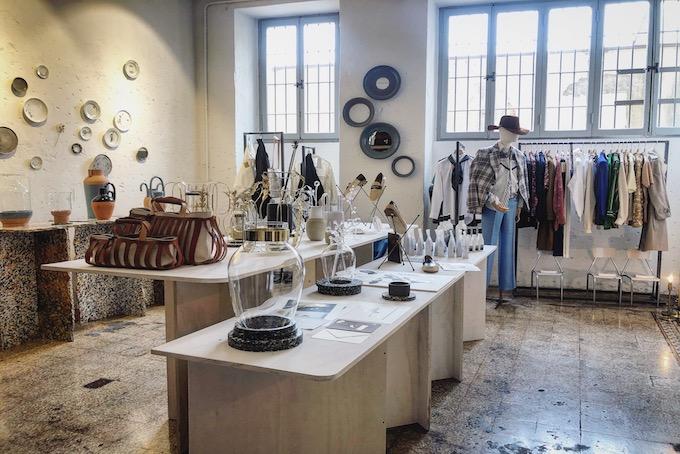 super popular b02a7 5e3ce 5 negozi di abbigliamento speciali nelle Cinque Vie di ...