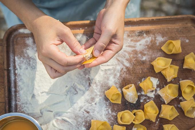10 Corsi Di Cucina Online E Canali Youtube Per Diventare Bravi Ai Fornelli Conosco Un Posto